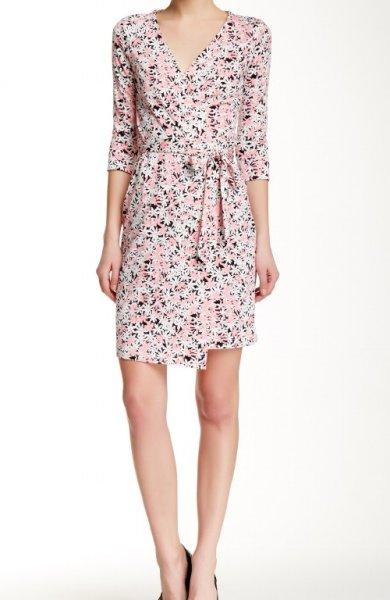 画像1: ドラマ【ギルモアガールズ使用】Diane von Furstenberg ダイアンフォンファステンバーグ New Julian Two wrap  dress  Garden Daisy ピンク (1)
