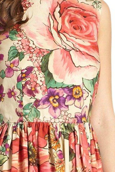 画像1: 再販売【桐谷美玲さんご着用、ヴァンサンカン掲載】RED Valentino   Macro Flower-Print Dress