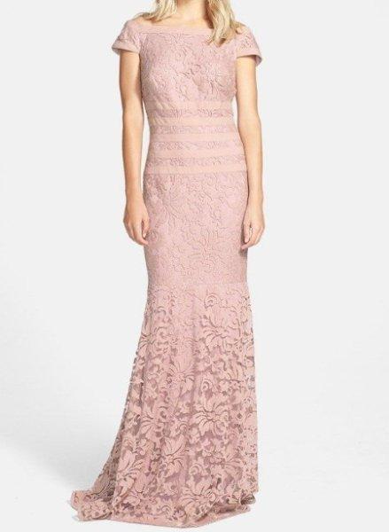 画像1: Tadashi Shoji Textured Lace Mermaid Gown  アンティークピンク (1)