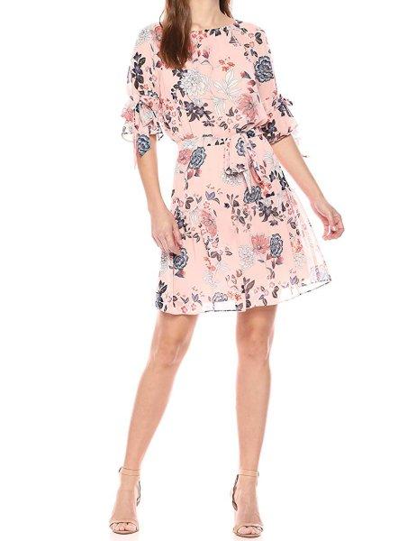 画像1: 【Dylan Dreyer着用】Vince Camuto   Floral Print Chiffon Dress  (1)