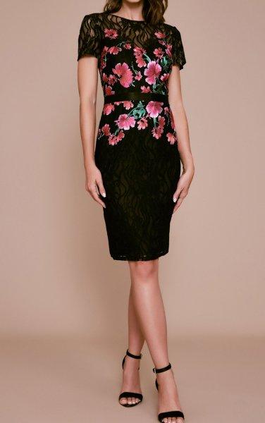 画像1: Tadashi Shoji  タダシショージ SEDA 花柄刺繍ドレス ブラック、ピンク系 (1)